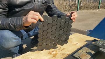Мозаика черная шестигранная (натуральный камень)